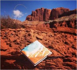 https://robyzlfashionblog.files.wordpress.com/2014/08/homi-landscape-robyzl-serendipity-love-style.jpg
