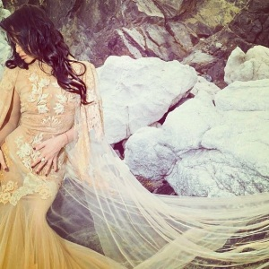 Ollia Rarisame-moda-designer-dress-love-robyzl-serendipity (1)
