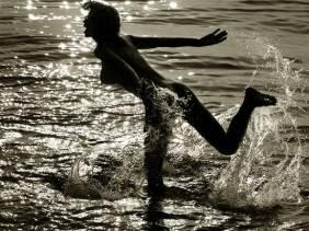 sea-autumn-love-robyzl-serendipity