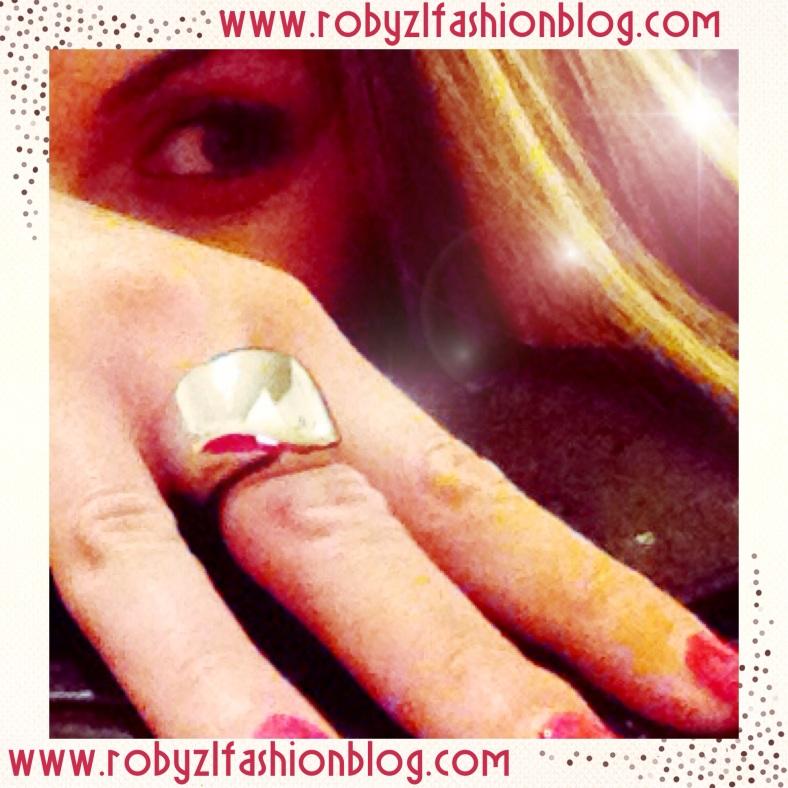 calvin-klein_robyzl_ring_me_serendipity_fashion