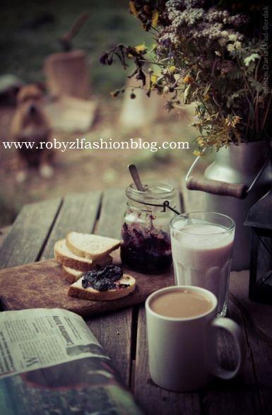 breakfast_saturday_work_coffee_robyzl_serendipity