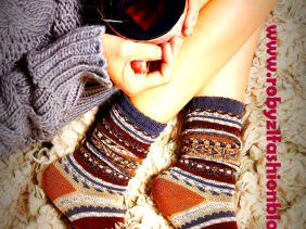 sweater_winter_christmas_time_robyzl_serendipity