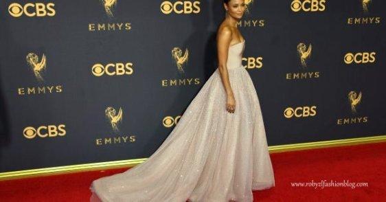 emmy_award_best_dress.robyzl.serendipity